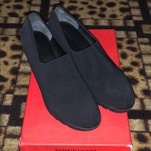Donald J Pliner Wedged Loafer size 8.5 NIB